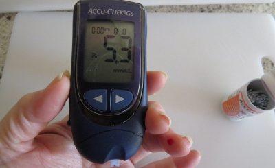 Non-invasive monitoring of glucose levels using AI and radar