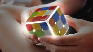 GOCube: Rubik's cube with a digital touch