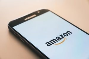 Amazon leaks user names and e-mails addresses due to technical error