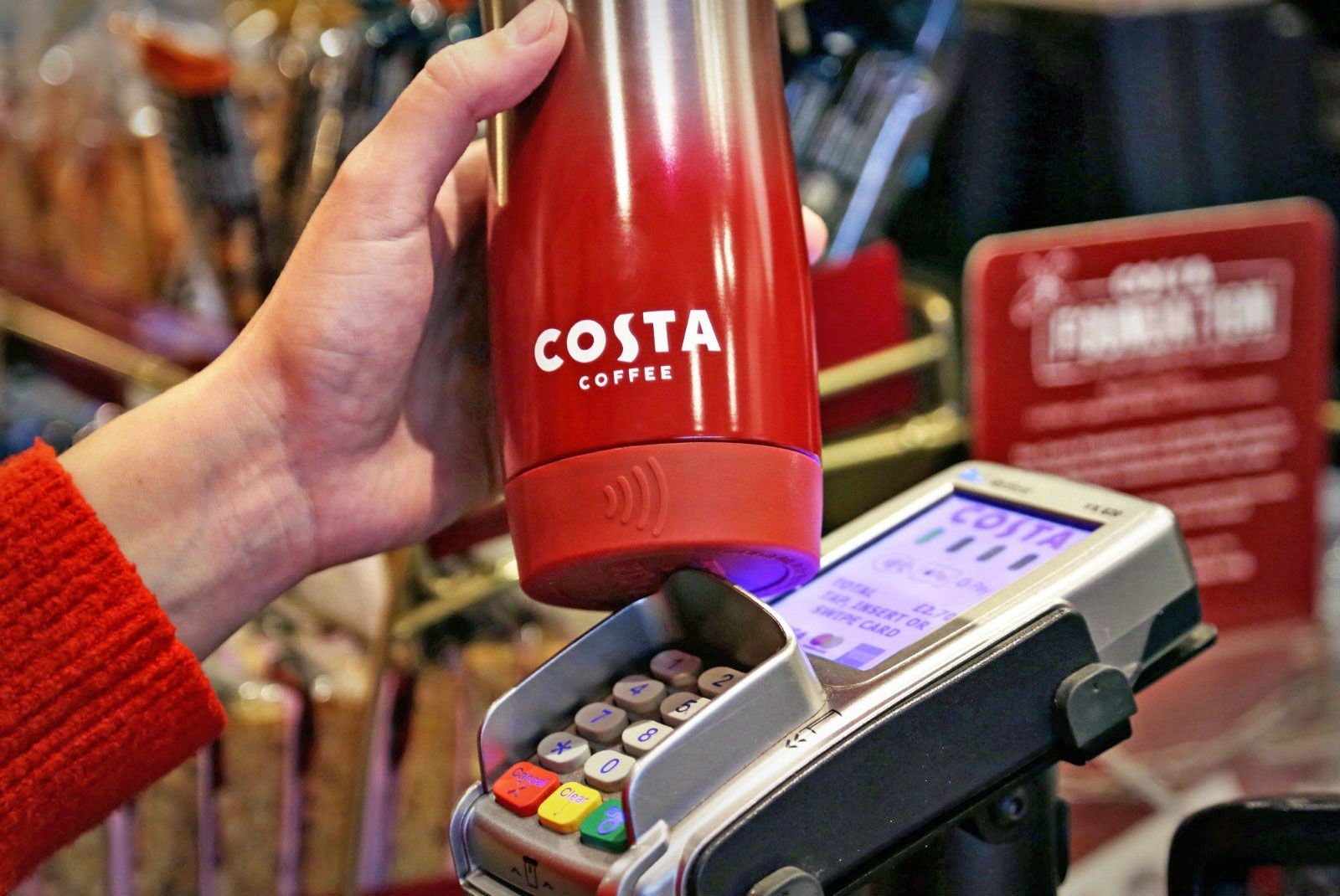 Reusable coffee cups with contactless chip (bPay) offers solution to save the planet