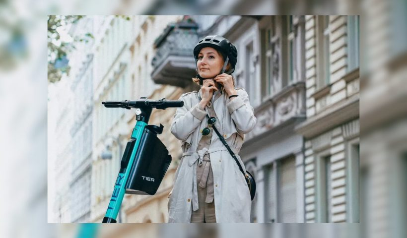 Tier Elecrical Scooters Integrated Helmets